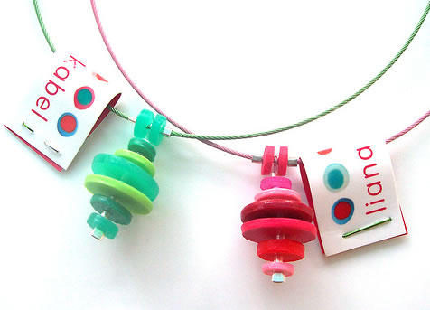 Liana Kabel - Pendants made from tupperware