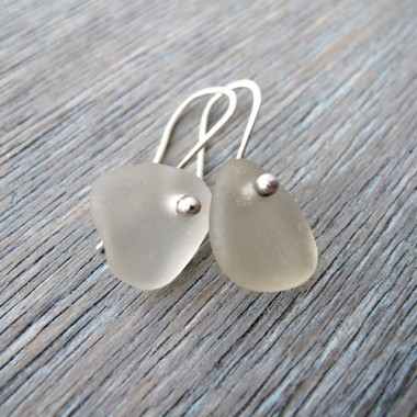 Sea Glass Earring made with balled silver wire