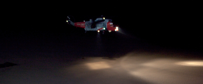 Rescue helicopter lands on Kinghorn beach - 2.30am, 11th April 2011