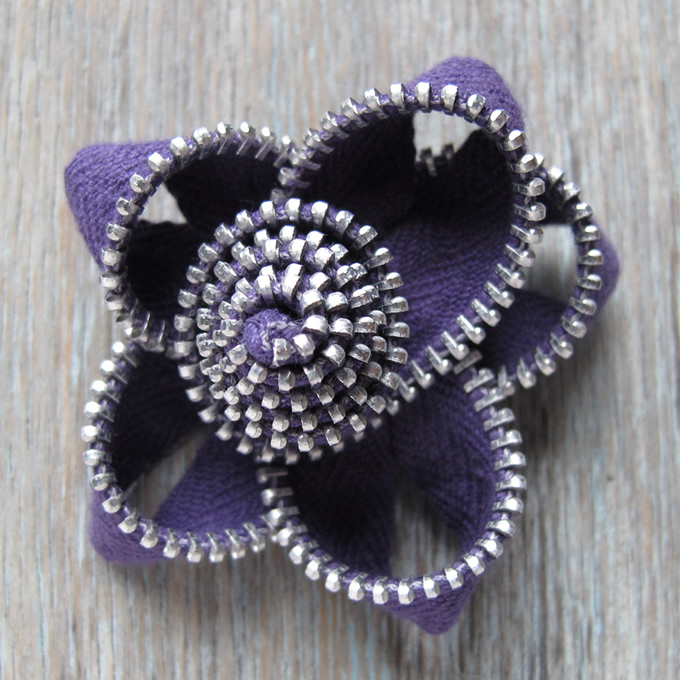 Zippy Flower Brooch