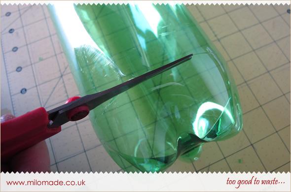Plastic Bottle Pillow Box Tutorial from Milomade