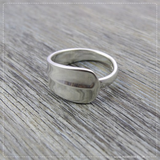 Milomade Antique Silverware Ring - Rattail - Get 20% Off Today!