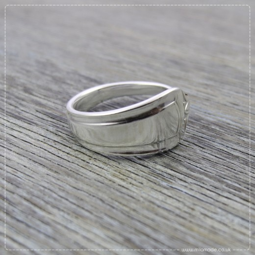 Milomade Antique Silverware Ring - Coroin - Get 20% Off Today!