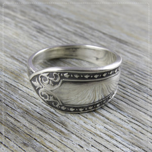 Milomade Antique Silver Ring - Duilleogaí - Get 20% Off Today!