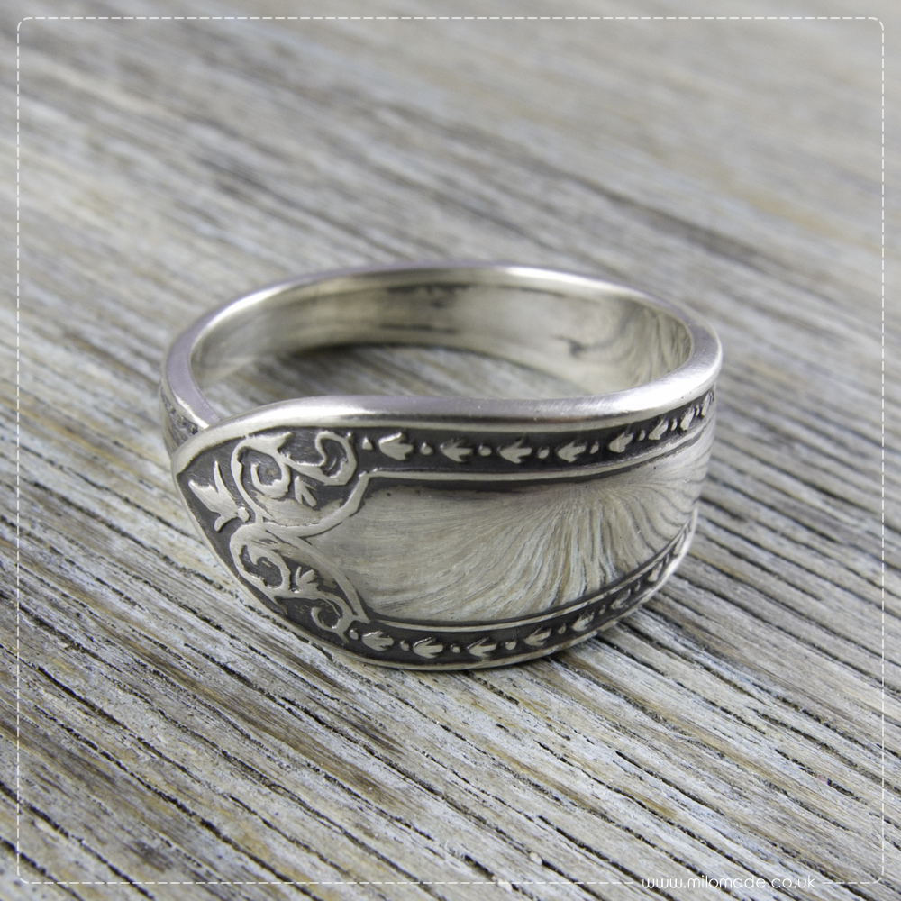 A Ring A Day – Duilleogaí – Get 20% Off Today!