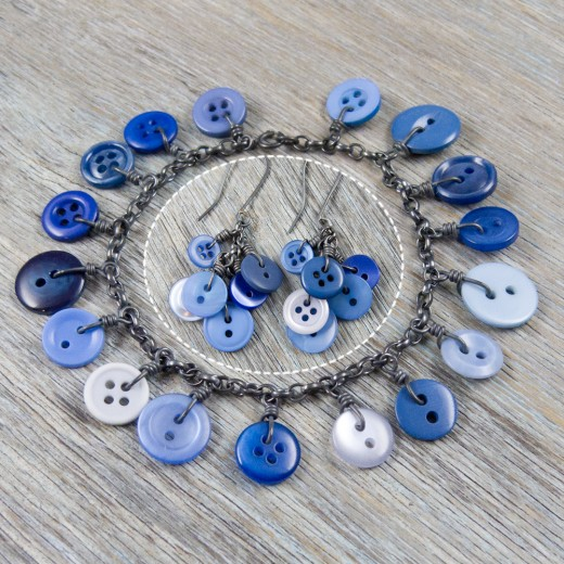 Cluster Button Bracelet and matching earrings - Blue