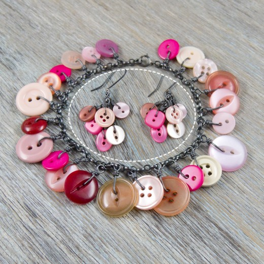 Cluster Button Bracelet and matching earrings - Pink