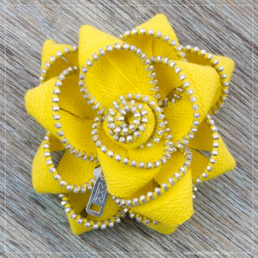 Milomade Zippy Flower Brooches