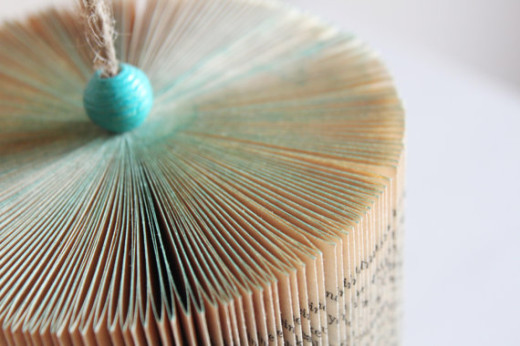 Jane Philips - USA - MyCrazyHands - Book Sculpture