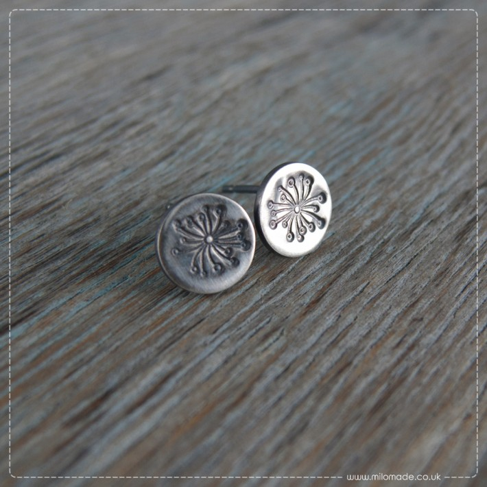 New Collection - Details - Stud Earrings - Dandelions