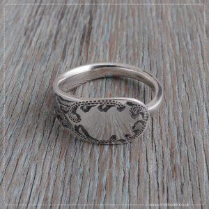 Milomade Antique Silverware Spoon Ring - Buta