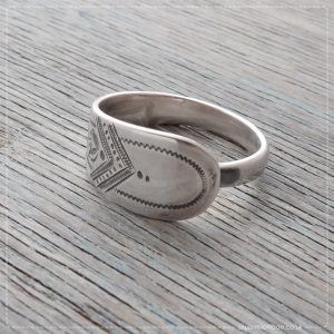 Milomade Antique Silverware Spoon Ring - Labhandair