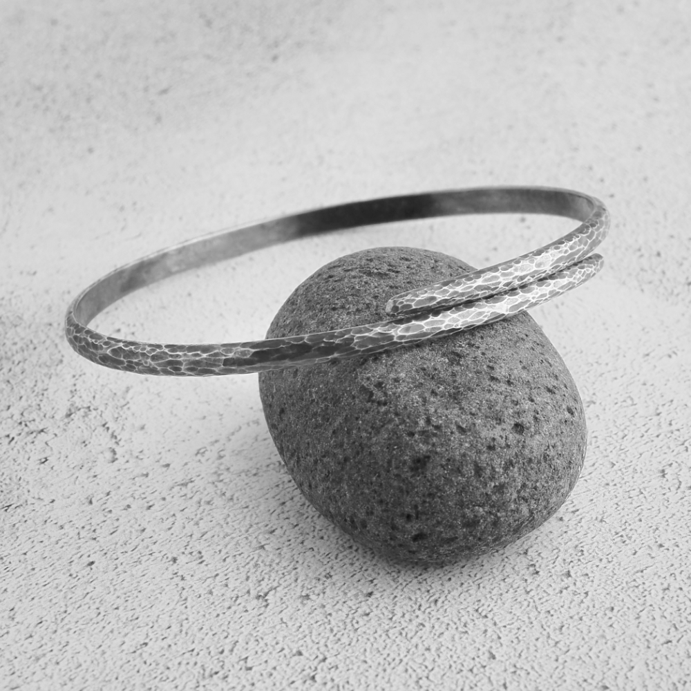 Milomade Echoes Collection - Ripple Bangle