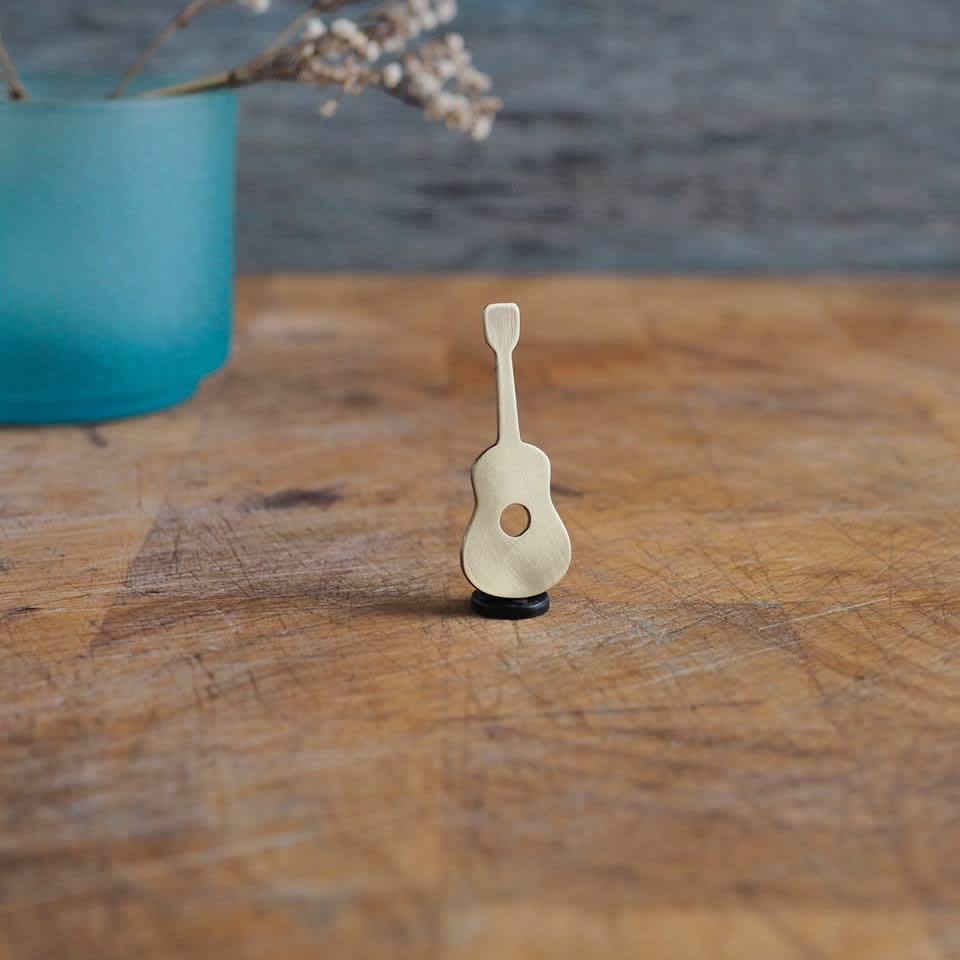 Brass Pin - Guitar